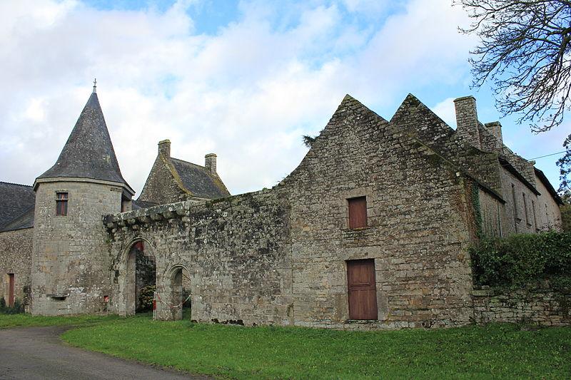 Photo du Monument Historique Restes du château de la Sauldraye situé à Plumelec