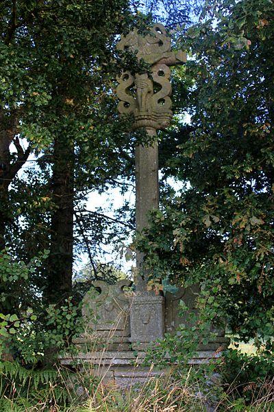 Photo du Monument Historique Croix de Kercloarec situé à Plumelin