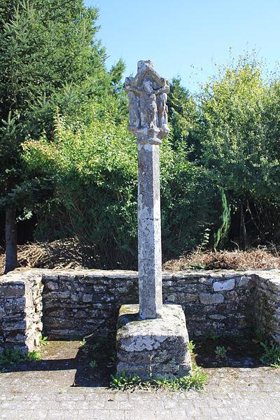 Photo du Monument Historique Croix de chemin situé à Plumergat