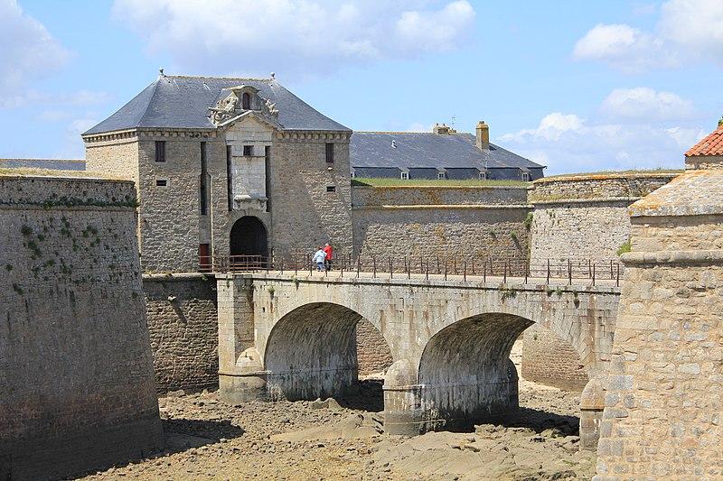 Photo du Monument Historique Fortifications de la ville : Citadelle et remparts situé à Port-Louis