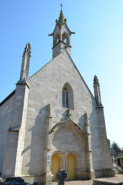 Photo du Monument Historique Chapelle Saint-Michel situé à Questembert