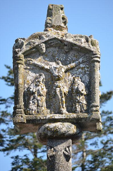 Photo du Monument Historique Cimetière situé à Questembert