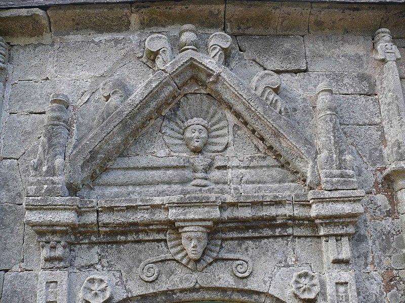 Photo du Monument Historique Chapelle Notre-Dame-du-Cloître situé à Quistinic