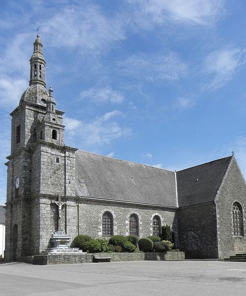 Photo du Monument Historique Eglise Saint-Pierre situé à Quistinic