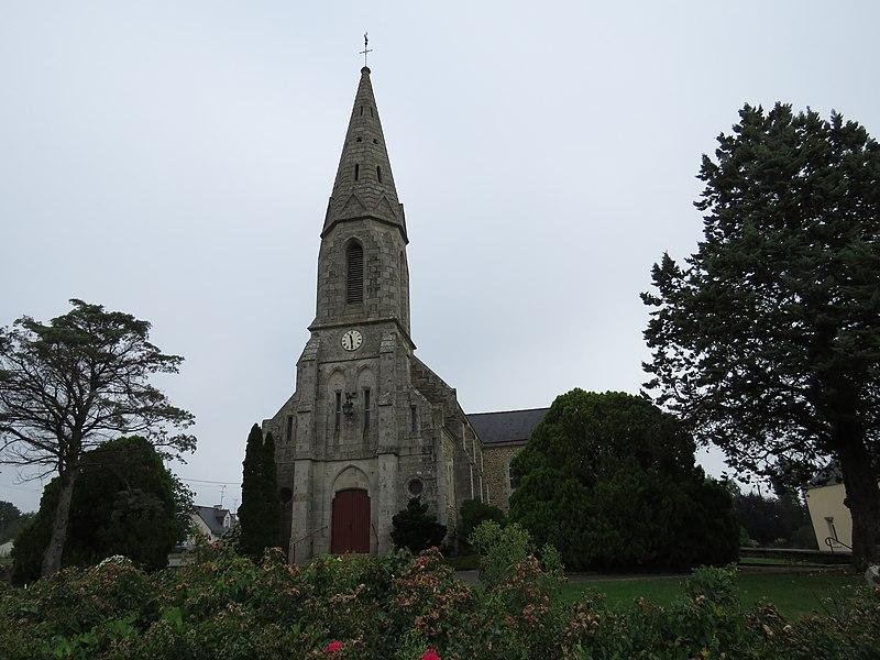 Photo du Monument Historique Croix en bois dans l'église situé à Saint-Malo-des-Trois-Fontaines