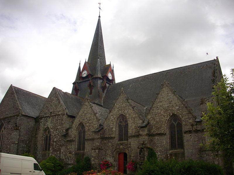 Photo du Monument Historique Eglise Saint-Pierre situé à Sérent