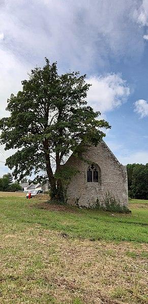 Photo du Monument Historique Chapelle Sainte-Hélène situé à Surzur