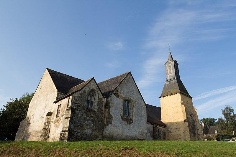 Photo du Monument Historique Eglise Saint-Golven et son calvaire situé à Taupont
