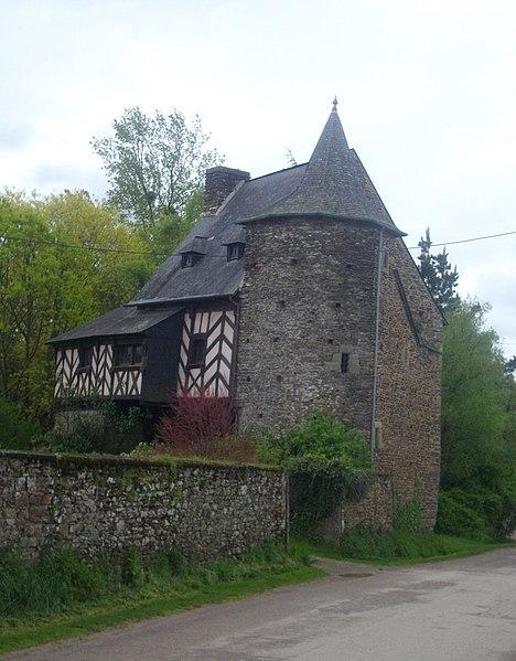 Photo du Monument Historique Maison, dite maison noble des Rues-Neuves situé à Tréhorenteuc