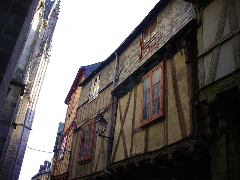 Photo du Monument Historique Maisons situé à Vannes