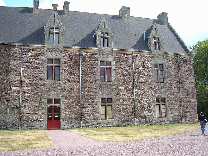 Photo du Monument Historique Château de Comper situé à Concoret