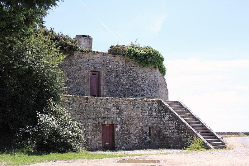 Photo du Monument Historique Fortifications de la ville : Bastion 17 dit Le Papegaut situé à Port-Louis