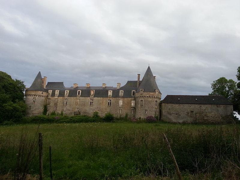 Photo du Monument Historique Château du Bois de la Roche situé à Néant-sur-Yvel