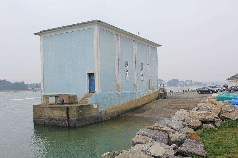 Photo du Monument Historique Station de sauvetage en mer de la commune d'Etel, sise dans l'extrémité sud du quai sur la rivière d'Etel situé à Etel