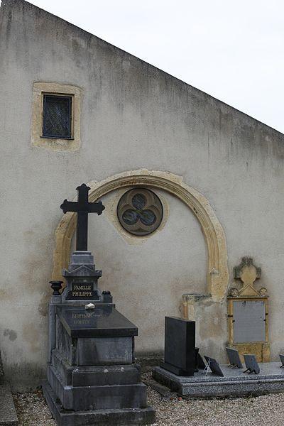 Photo du Monument Historique Ossuaire  dans le cimetière situé à Ancy-sur-Moselle