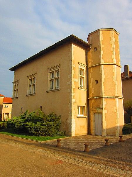 Photo du Monument Historique Maison numéro 56 situé à Cheminot