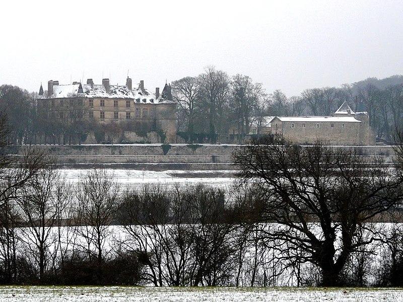 Photo du Monument Historique Château de Hombourg situé à Hombourg-Budange
