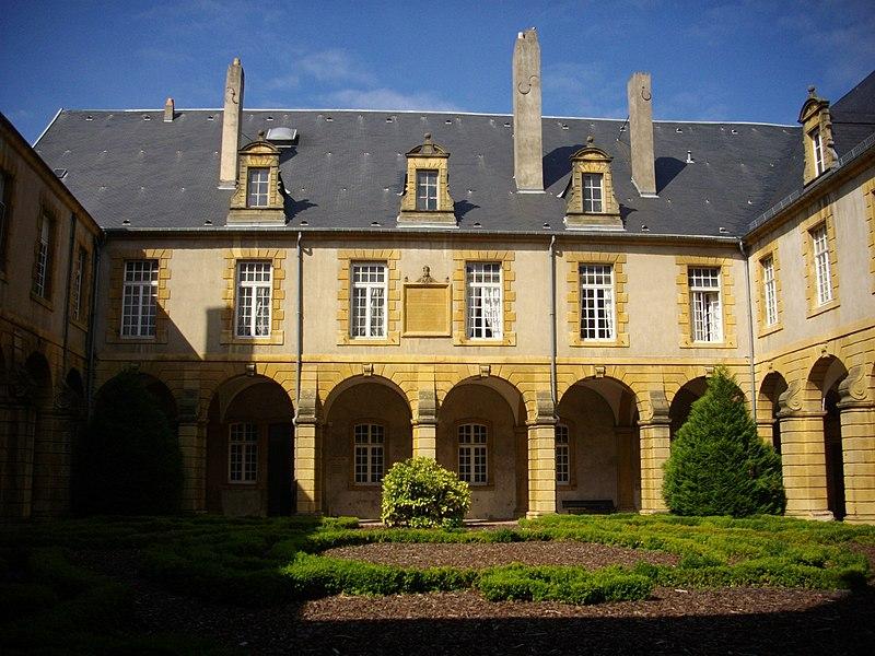 Photo du Monument Historique Abbaye Saint-Arnould situé à Metz
