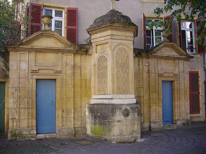 Photo du Monument Historique Fontaine situé à Metz