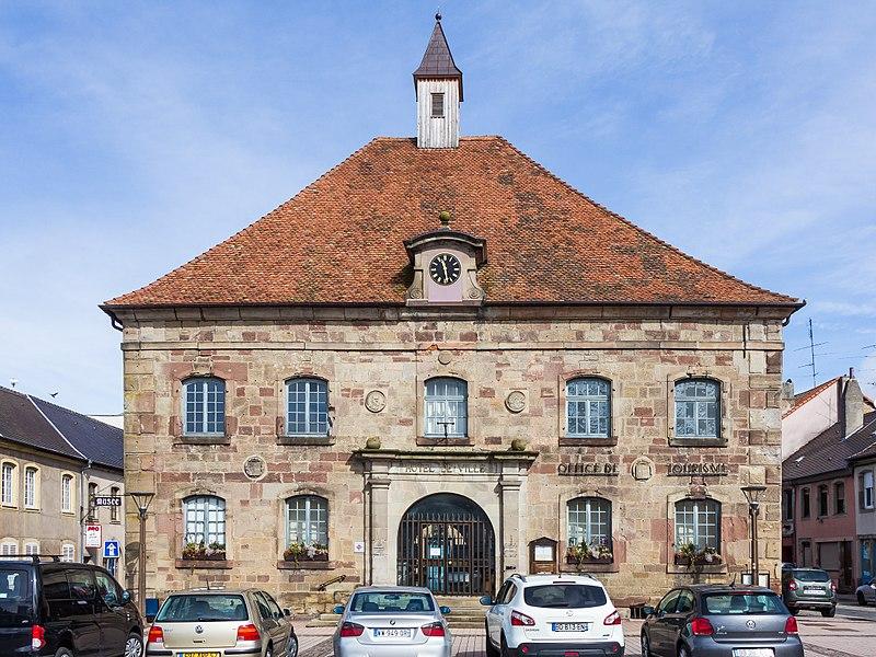 Photo du Monument Historique Hôtel de ville situé à Phalsbourg