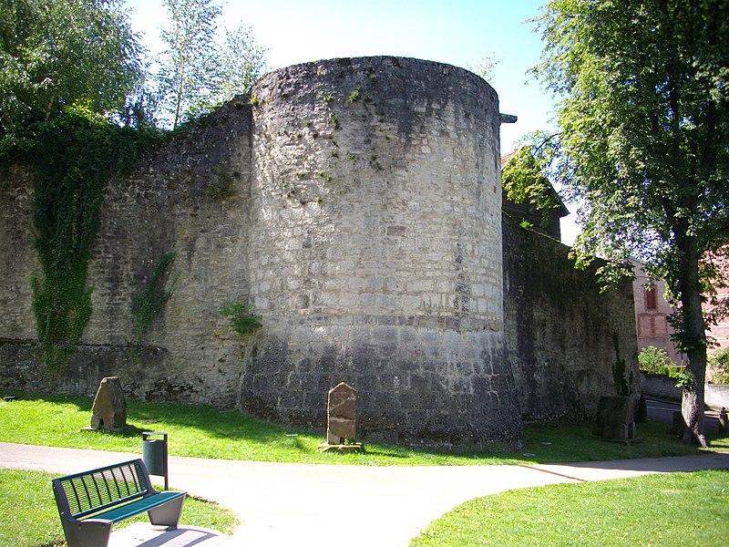 Photo du Monument Historique Fortifications (restes) situé à Sarrebourg