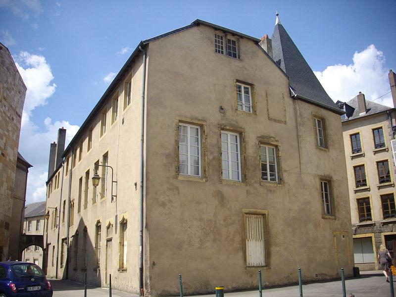 Photo du Monument Historique Hôtel de Raville situé à Thionville
