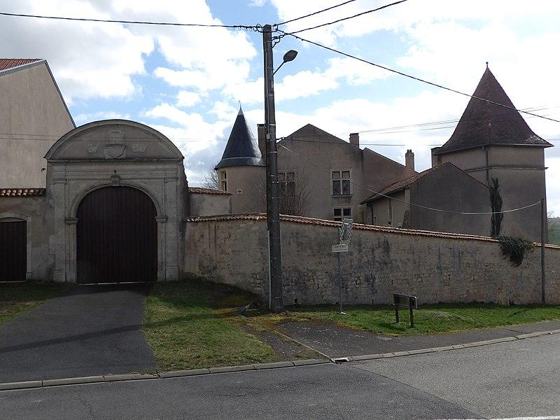 Photo du Monument Historique Château situé à Craincourt