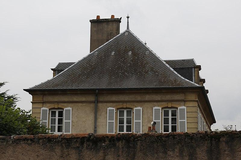 Photo du Monument Historique Château dit Le Hof, à Guentrange situé à Thionville