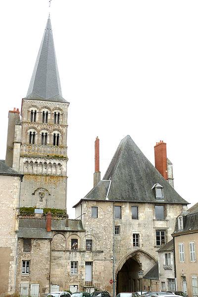 Photo du Monument Historique Ancien domaine prioral situé à La Charité-sur-Loire