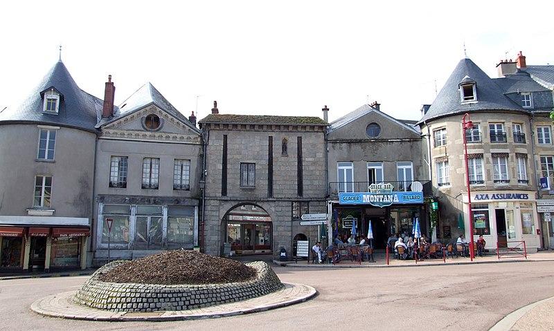 Photo du Monument Historique Porte Notre-Dame situé à Château-Chinon (Ville)