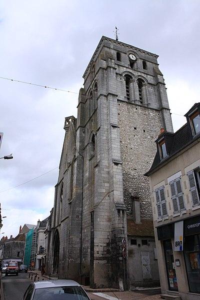 Photo du Monument Historique Eglise Saint-Jacques (ancienne collégiale Saint-Laurent) situé à Cosne-Cours-sur-Loire