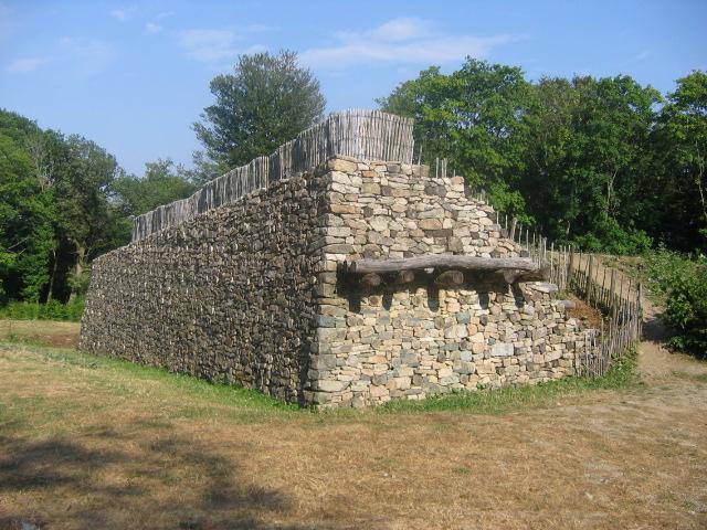 Photo du Monument Historique Oppidum du Mont-Beuvray, également dénommé oppidum de Bibracte (également sur commune de Saint-Léger-sous-Beuvray, dans la Saône-et-Loire) situé à Glux-en-Glenne