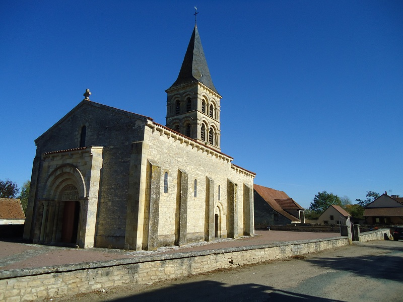 Photo du Monument Historique Eglise Saint-Julien situé à Mars-sur-Allier