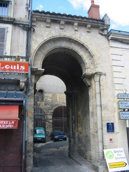 Photo du Monument Historique Eglise Saint-Sauveur situé à Nevers