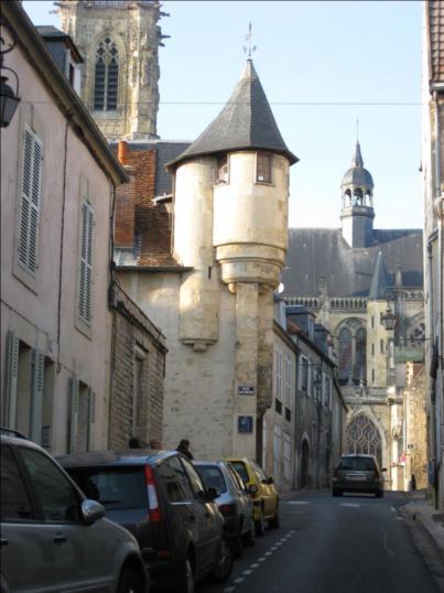 Photo du Monument Historique Immeuble situé à Nevers