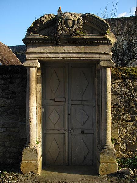 Photo du Monument Historique Presbytère situé à Poiseux