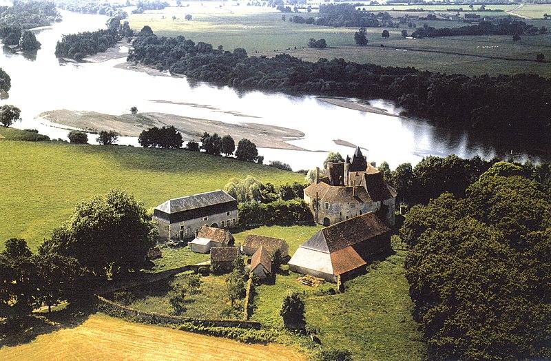 Photo du Monument Historique Château de Meauce situé à Saincaize-Meauce