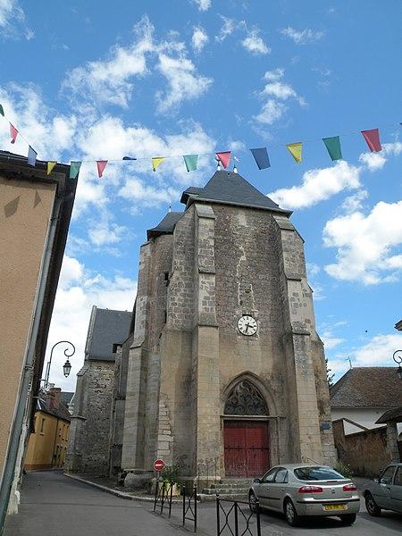 Photo du Monument Historique Eglise Saint-Amand situé à Saint-Amand-en-Puisaye