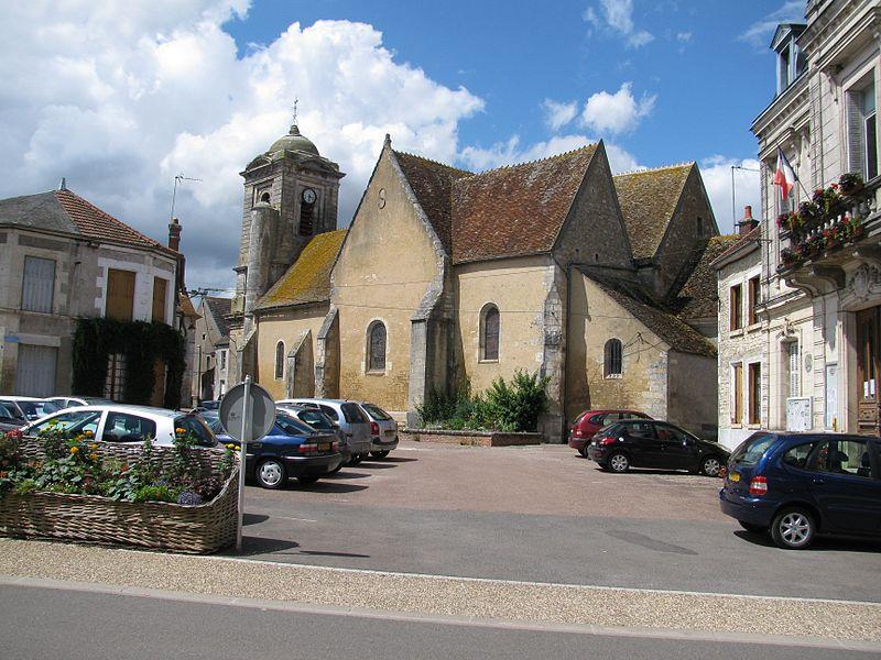 Photo du Monument Historique Eglise Saint-Sulpice situé à Entrains-sur-Nohain
