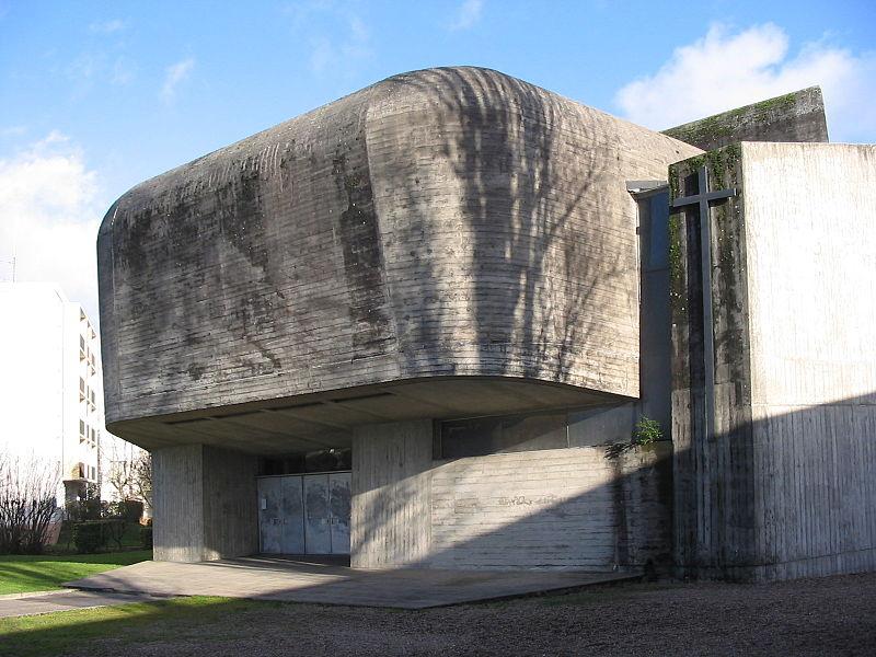 Photo du Monument Historique Eglise Sainte-Bernadette du Banlay situé à Nevers
