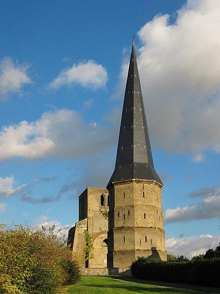 Photo du Monument Historique Ancienne abbaye Saint-Winoc situé à Bergues