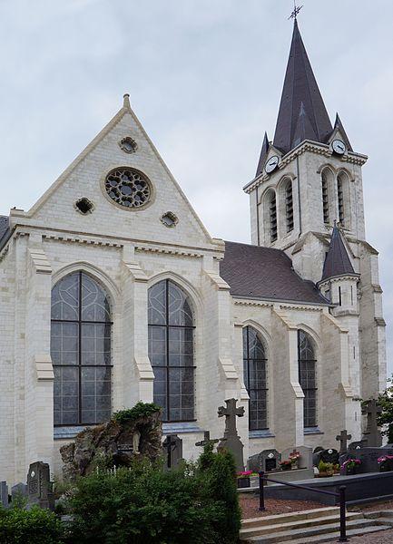Photo du Monument Historique Eglise Saint-Pierre situé à Bouvines