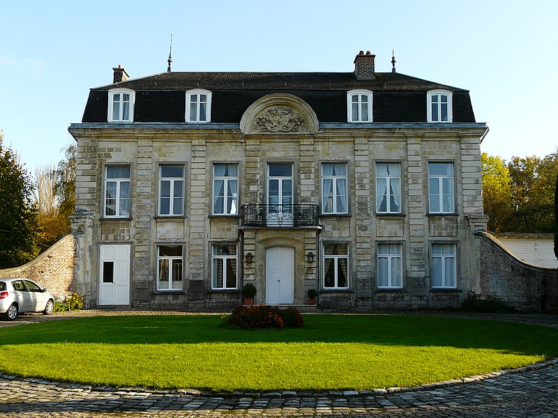 Photo du Monument Historique Château de Ranette (ancienne maison de campagne de l'abbaye du Saint-Sépulcre) situé à Cambrai