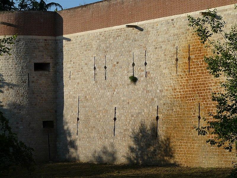 Photo du Monument Historique Ancien château de Selles situé à Cambrai