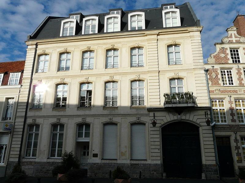 Photo du Monument Historique Hôtel Leroi de Ville situé à Cambrai
