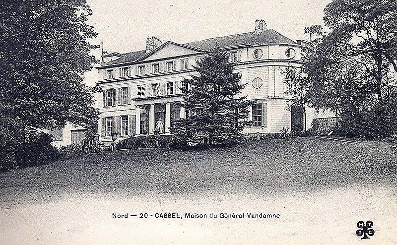 Photo du Monument Historique Château Vandamme situé à Cassel