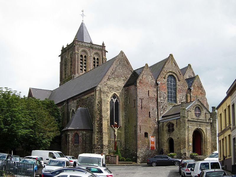 Photo du Monument Historique Collégiale Notre-Dame situé à Cassel