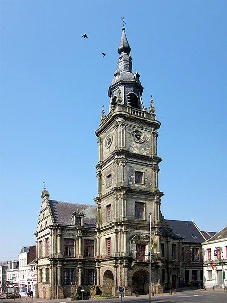 Photo du Monument Historique Hôtel de ville situé à Le Cateau-Cambrésis