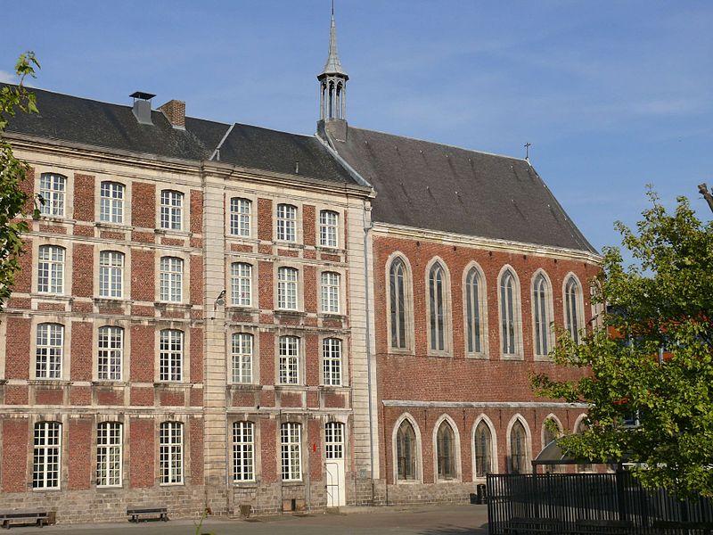 Photo du Monument Historique Ancienne chapelle des Bénédictins anglais ou chapelle du Lycée Jean-Baptiste Corot situé à Douai