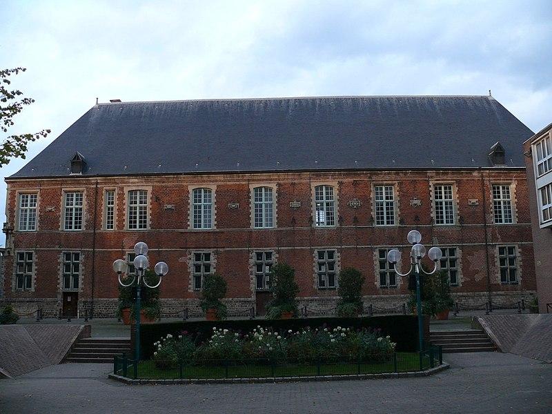 Photo du Monument Historique Ancien collège de la Compagnie de Jésus d'Anchin situé à Douai